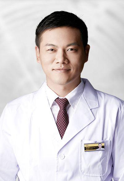 深圳阳光医疗美容医院面部整形医师罗志敏